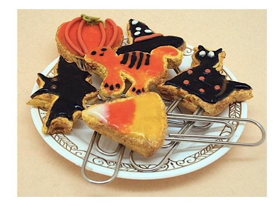 Miniature  Halloween Kitty Cookies by SmallIdea on Etsy