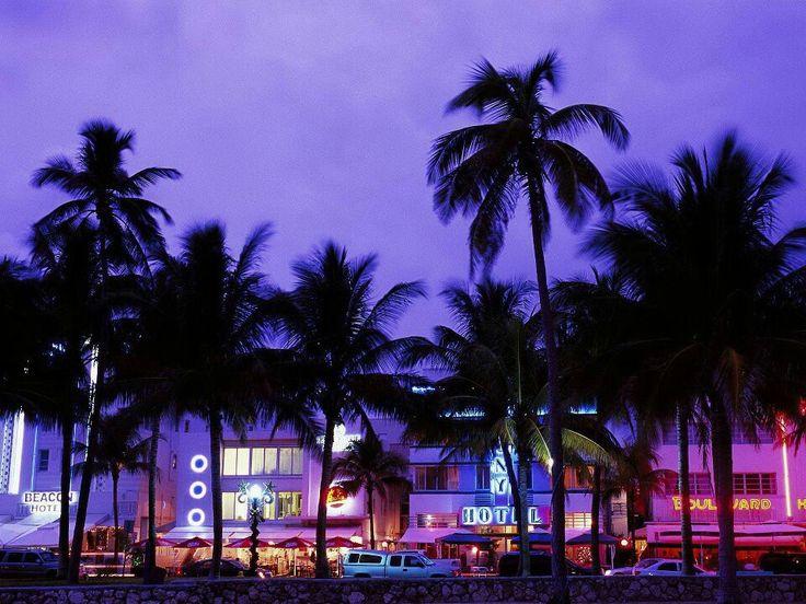 Eyes Go Travel : Worldwide Tourist Attractions - Geotourism Travel : Art Deco District, South Beach, Miami Beach, Florida
