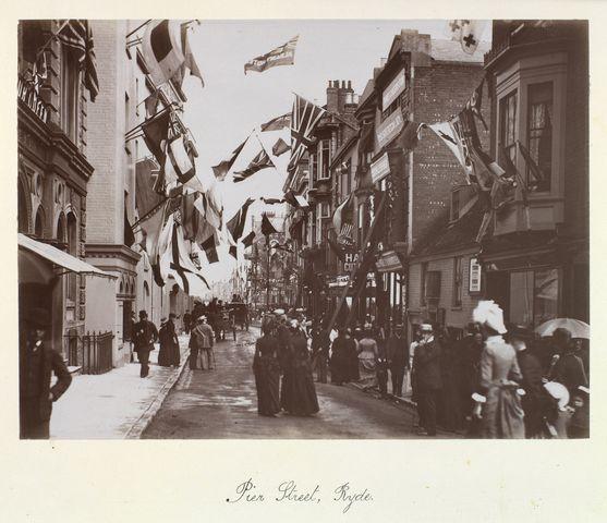 Pier Street, Ryde, Isle of Wight, 28 July 1887