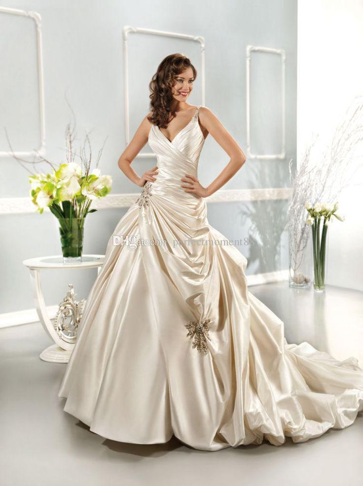 2017 Champagne V Neck Pleated Beaded Fashion Wedding Dress Taffeta Bridal Gown, Can Be Customized.Welcome To Perfectmoment88 Online Store Brides Dresses Cheap Wedding Dresses Uk From Perfectmoment88, $173.42| Dhgate.Com