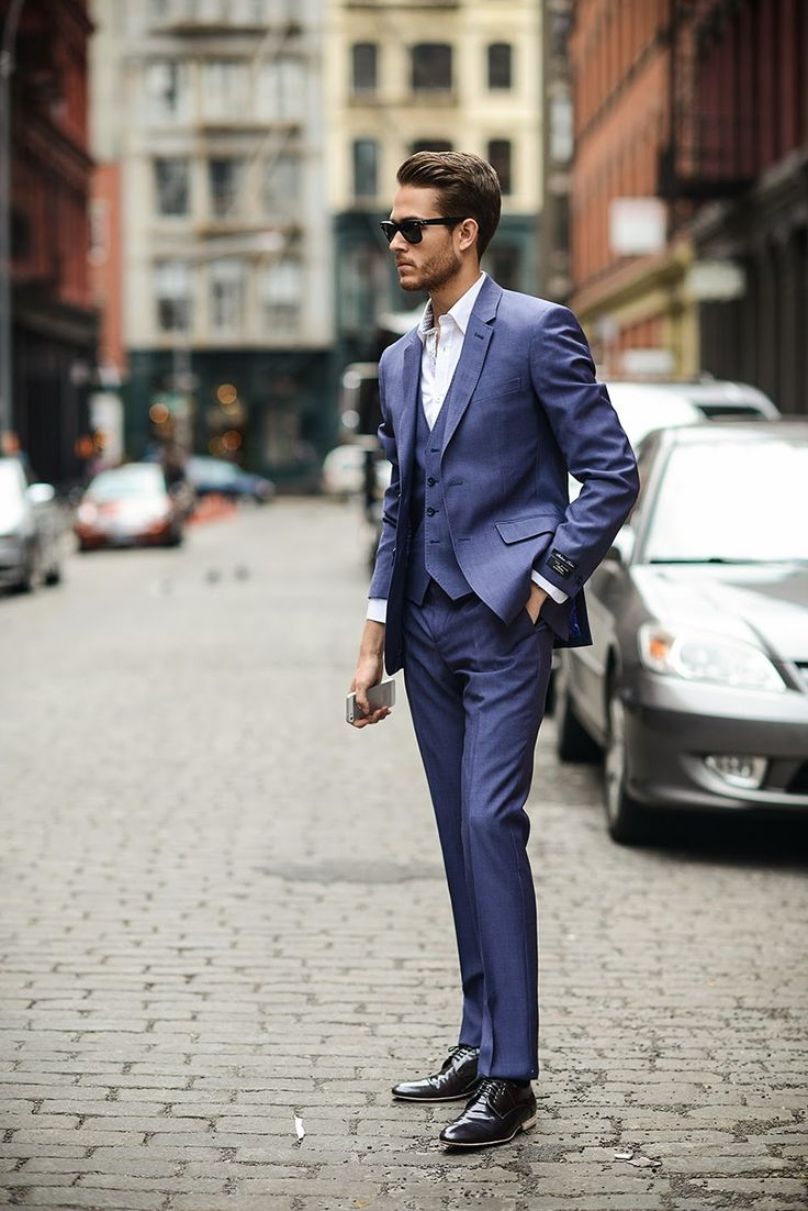 3 piece - needs a tie though with tie clip