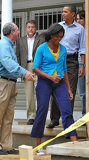 9/11/2009 - Touring a Habitat for Humanity project in Washington, D.C. What: Cardigan by the Gap.