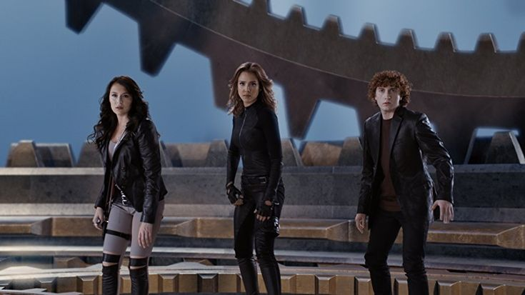 Jessica Alba, Daryl Sabara, and Alexa PenaVega in Spy Kids: All the Time in the World in 4D (2011)