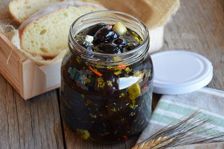 Olive nere sott'olio