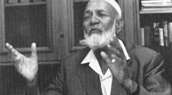 "Ahmed Deedat  He is the first famous missionary that i knew and love..one of the best defender of Islam in this modern age..  ""All people hope Islam helps everything in life. Islam will make jobs. Islam will make freedom. Islam will make everything.""  ""Language is the key to the heart of people."""