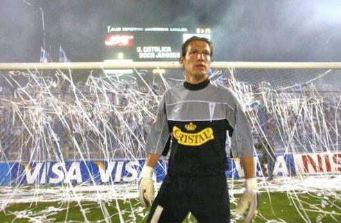 Tati Buljubasich arquero récord UC campeón 2005
