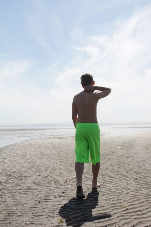 Hurley boy's board shorts & summer fashion from Premium Label Outlet: http://www.premiumlabel.ca/outlet/style-guide/summer-style-guide-2015