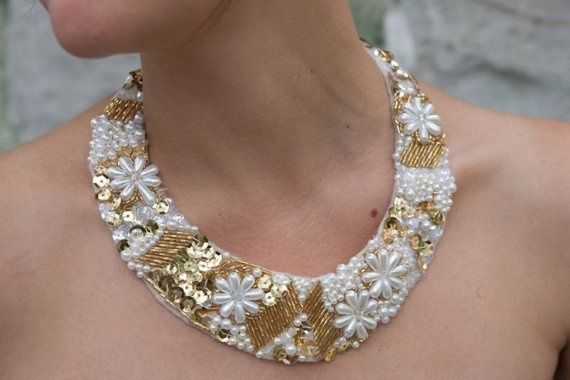 Beaded collar/necklace