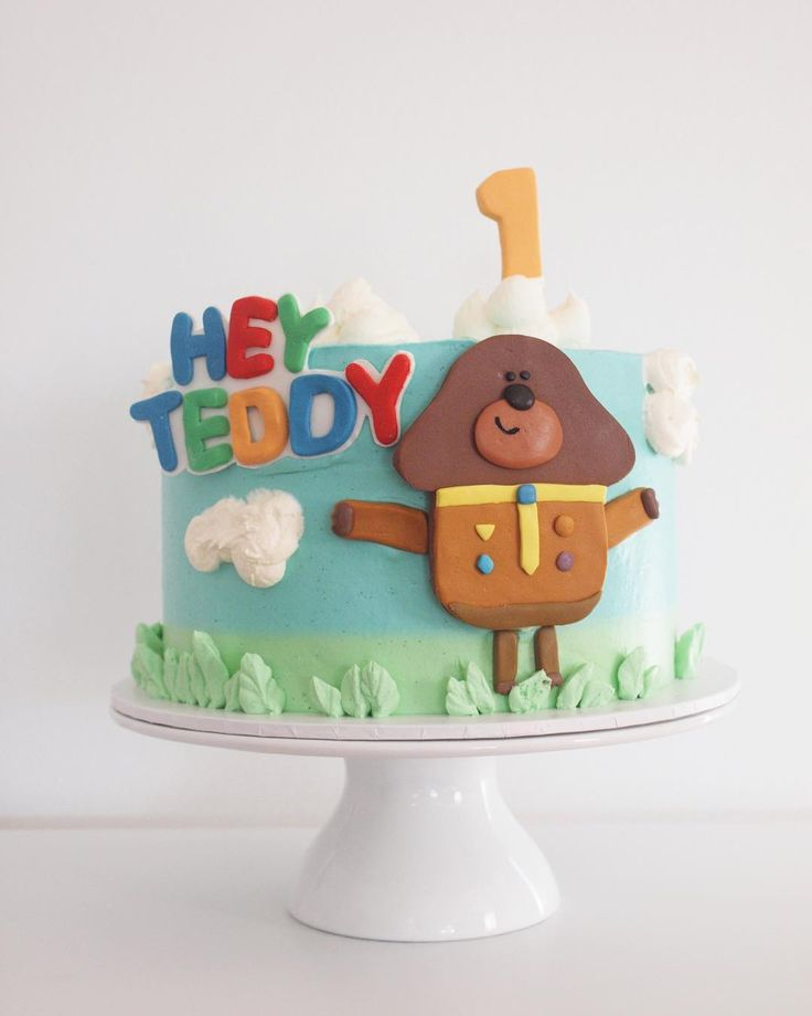 "Hayley Hemingway on Instagram: ""Cute little Hey Duggee cake for Teddy who's turning the big ONE! 8"" Standard"""
