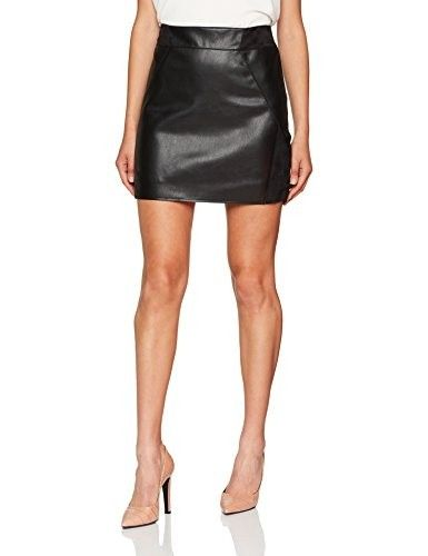 Falda de cuero #faldas #moda #mujer #outfits  #faldacuero #faldasinvierno #style #shopping #fashion #modafemenina #cuero #leather