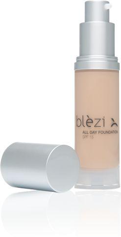 Blèzi All Day Foundation (SPF 15) is een rijke, vloeibare en hydraterende foundation op basis van hoogwaardige ingrediënten, die de huid direct van een fluweelzachte en perfect gave teint voorzien.