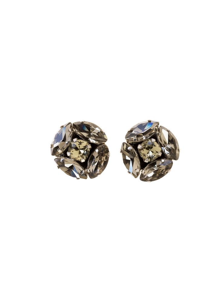 RIENNE Little Jane Earrings from Designrs.co  The feminine design will add the final touch to evening looks.
