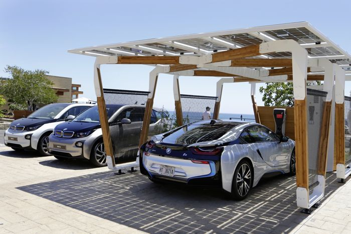 BMW Shows Off Solar Car Port For BMW i8 And i3