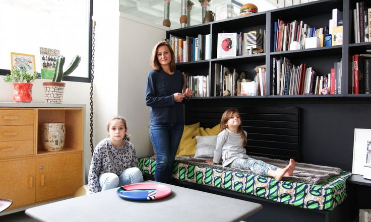 The Socialite Family | Paris | Portrait de Marion Duclos Mailaender | Visite d'un appartement au design des années 80 | #decoration #interieure #Memphis #family #thesocialitefamily