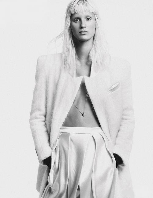 Bee Good | Marte Mei Van Haaster By Alique For Vogue Netherlands November 2013.