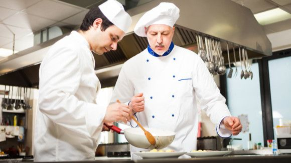 List of Culinary Scholarships to Apply for!
