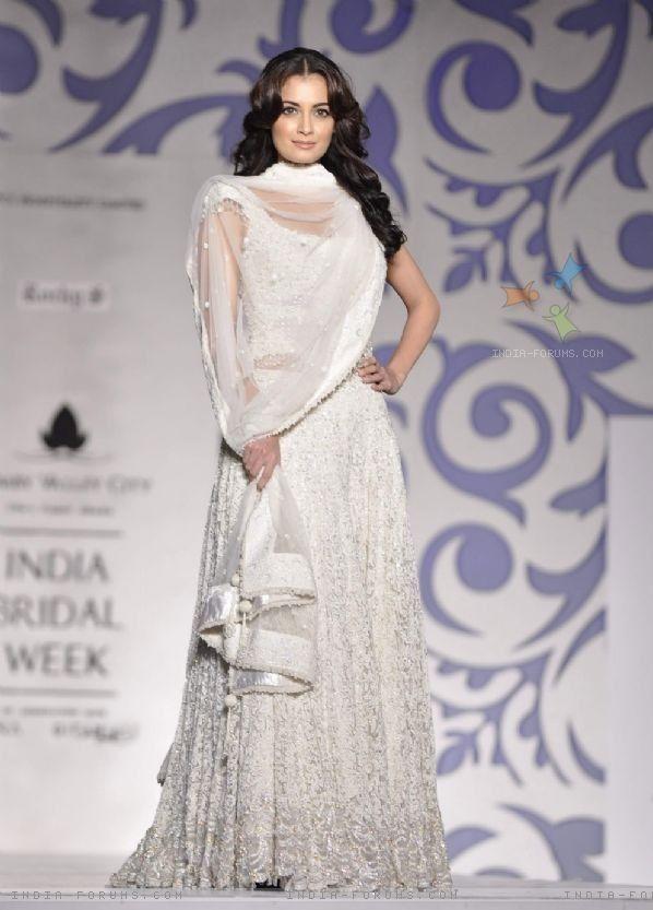 Actor Diya Mirza for Indian Bridal Week