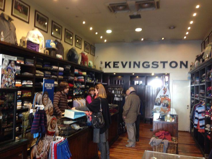 Kevingston Hombre Cabildo y La Pampa. Buenos Aires. Arq. Ruth Jaitt. Mail: arqjaitt@hotmail.com