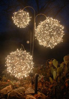Create your own sparkling Christmas lawn ornaments to accent your yard this holiday season.