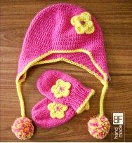 Crochet hat with mitten