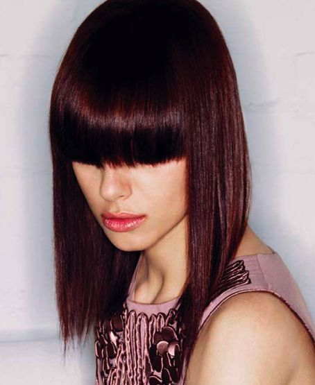 Love this color. I wish my bangs could be cut this way