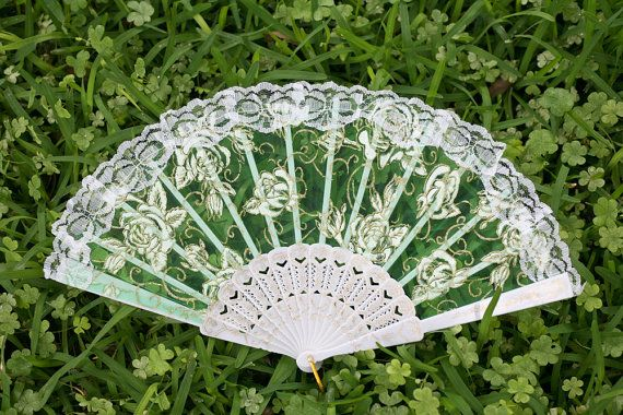 Hey, I found this really awesome Etsy listing at https://www.etsy.com/listing/196430581/white-spanish-hand-held-fan-in-lace-with