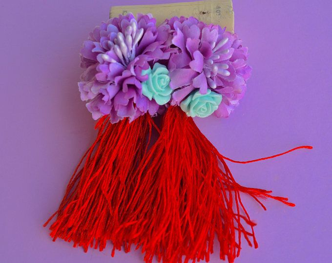 Red fringe tassel purple flower earrings.      https://www.etsy.com/shop/Aamapola    #Aamapola #earrings #jewelry #handmade #handmadejewelry #lilac #fan #fringe #tassel #bisutería #pendientes #hechoamano #diseño #original #moda  #style #fashion #accessories #woman #fw2017 #2017 #present  #Aamapola #fringe #tassel #red #accessories #woman #spanish #style #elegant #Etsyshop #etsy #handmade #flamenco #flamenca