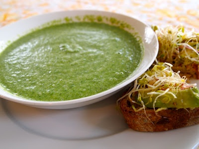 Broccoli Spinach Soup with Avocado Toasts