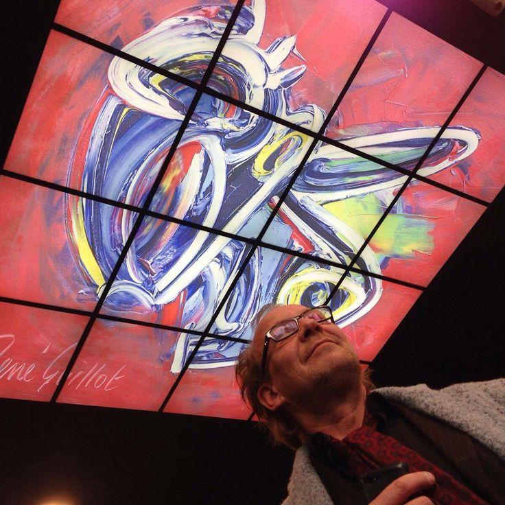 De kunstenaar #ReneGuillot bij VIBES om zijn kunst te bewonderen! #Haverstraatpassage #Enschede