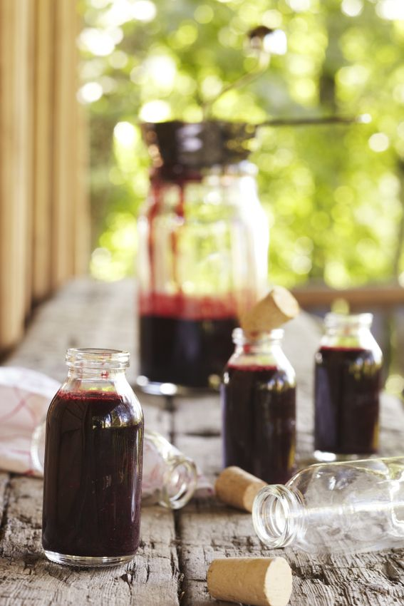 Blackcurrant shot. Food & style Kati Pohja, Photo Satu Nyström. Maku magazine 2012