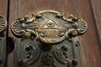 all seeing eye, door knockers, masonic temples, freemasons, Freemasonry