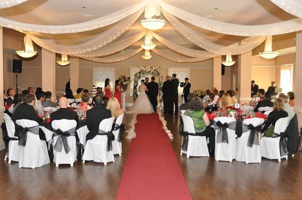 Ceremony Between Reception: Banquet Style Wedding Cermony