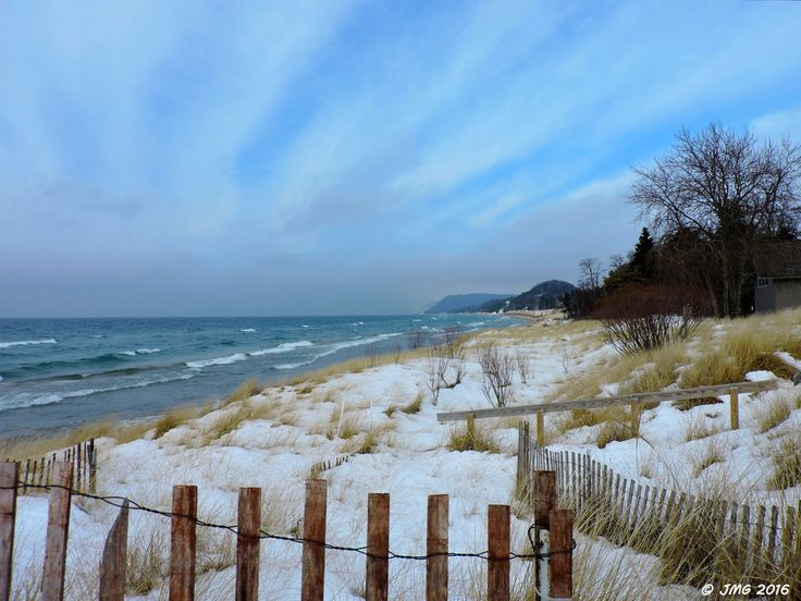 The Great Lakes (clouds snow winter beach sky water waves ...
