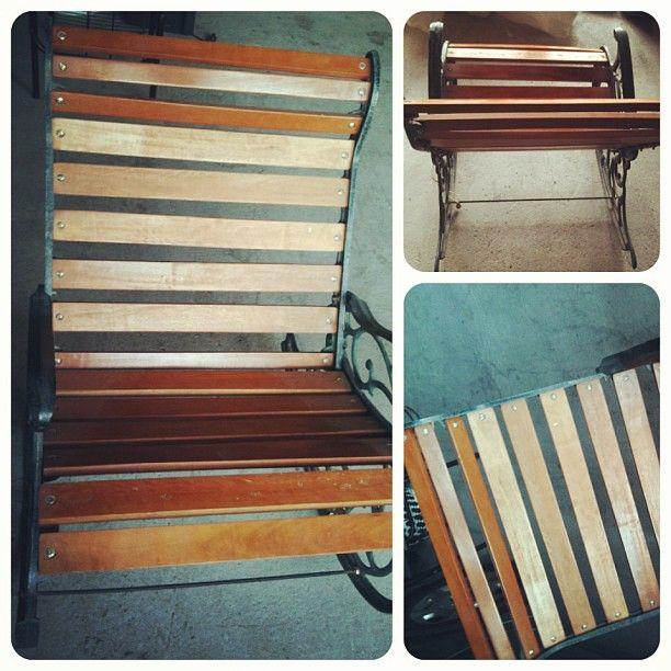 للبيع كرسي هزاز خشب بحالة ممتازة السعر 25 Bd Home Decor Decor Home