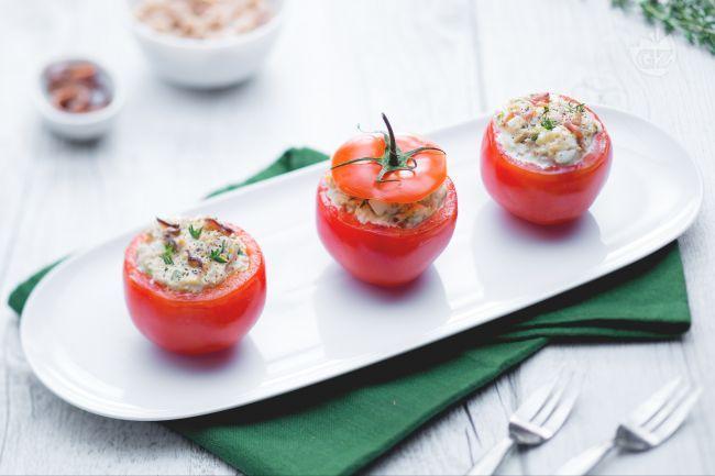 I pomodori ripieni di tonno, maionese e uova sode sono un antipasto fresco e gustosissimo, veloce da preparare e ideale nella…