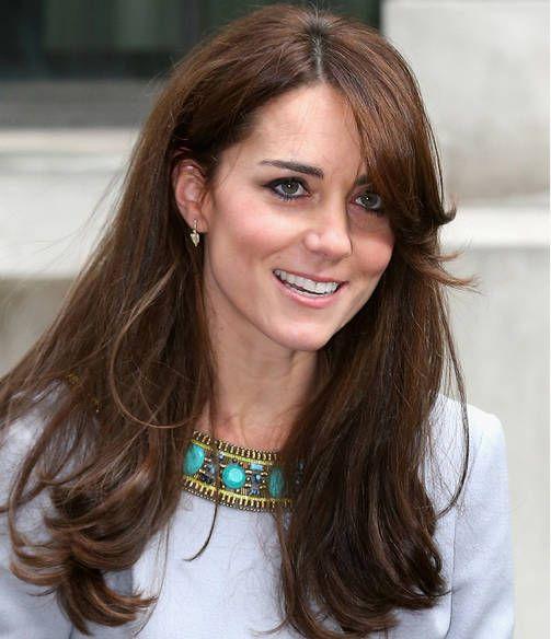 Myös herttuatar Kate on leikkauttanut etuhiuksensa muodikkaasti.