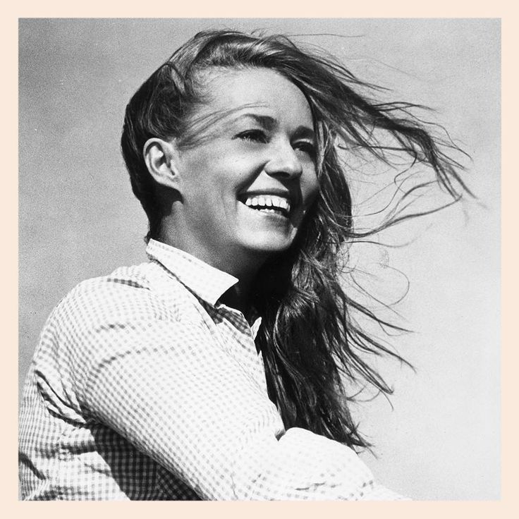 Intelligence, independence, beauty, spirit...farewell, Jeanne Moreau (1928 - 2017). #icon #inspiration #naturalbeauty #jeannemoreau