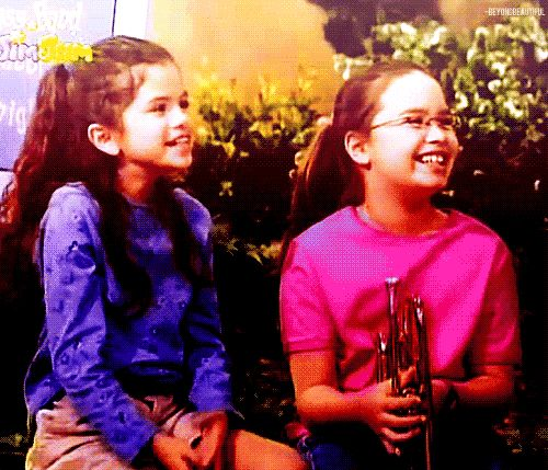 Selena Gomez and Demi Lovato were on Barney!! Ahhhhh