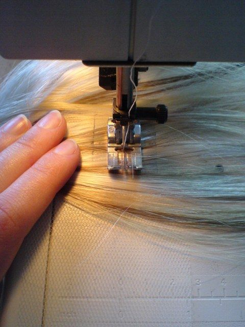 How to make wig hair wefts  I DON'T EVEN KNOW WHAT THIS EVEN MEANS. BUT IT COULD BE IMPORTANT LATER.