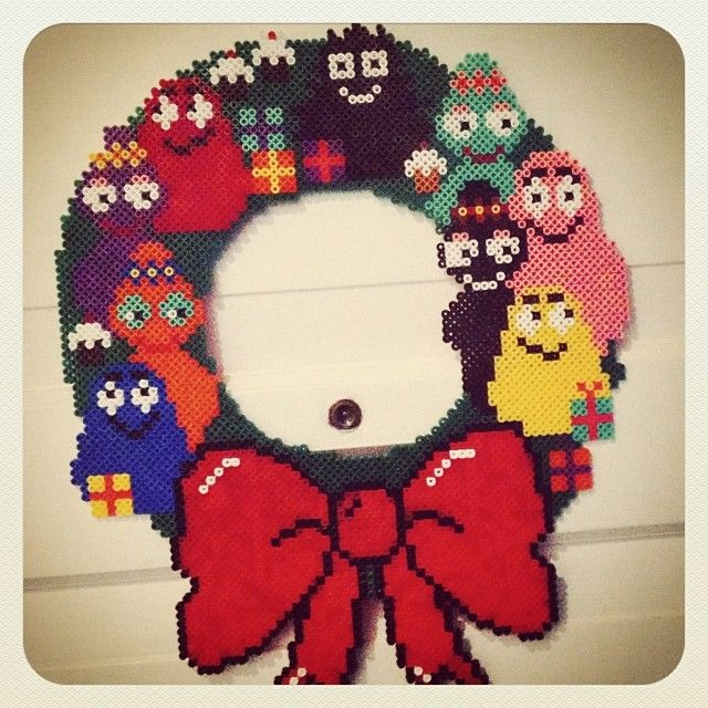 Christmas Barbapapa wreath hama perler by bostrup