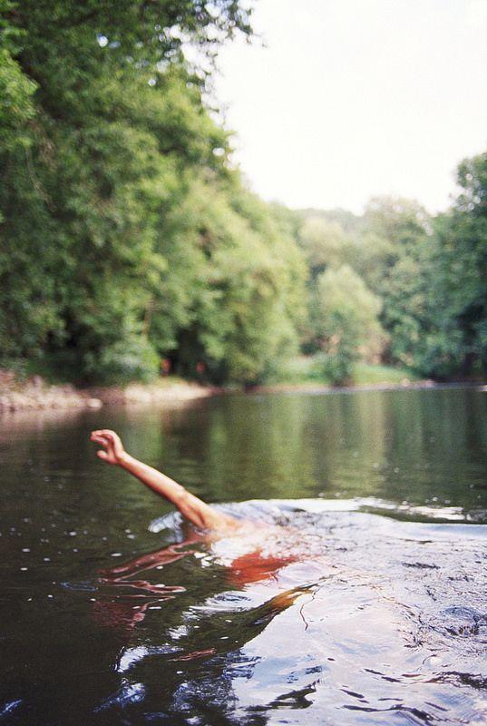 summer lake dips