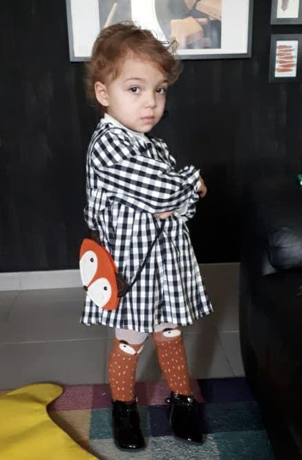 La jolie Chiara dans son bel ensemble. Merci à Alessandra sa #maman  #samandlouloute #fashion #robe #fille #sac #enfant #bébé