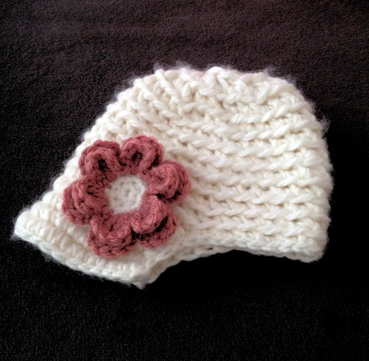 Baby girl hat with brim