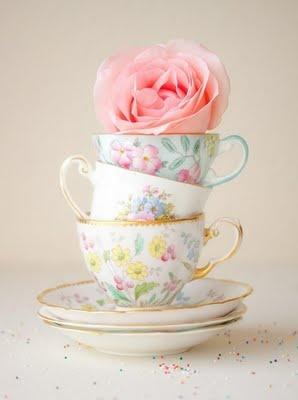 pretty: Vintage Teacups, Teas Time, Teas Cups, Vintage Teas, Bridal Shower, Teas Sets, Pink Rose, Teas Parties, Baby Shower