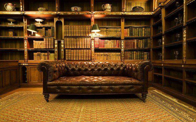 papier peint trompe l'oeil pour une bibliothèque à la maison