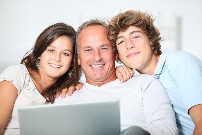 Eφηβεία: Πως οι γονείς - έφηβος την αντιμετωπίζουν