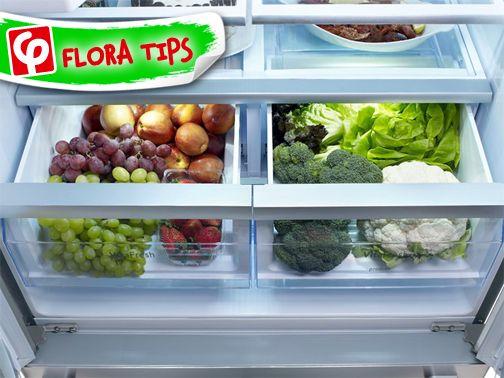 Βάλτε χαρτοπετσέτες ή χαρτί κουζίνας στο σημείο όπου αποθηκεύετε τα ζαρζαβατικά στο ψυγείο σας. Θα απορροφήσουν την υγρασία κι έτσι τα λαχανικά σας θα διατηρηθούν για μεγαλύτερο διάστημα!   #FloraSuperMarkets #FloraTips