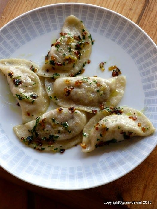 grain de sel - salzkorn: Piroggen mit Sauerkraut-Pilzfüllung - *Immer schon vegan* [Rezension] (recipe pasta vegetarian)