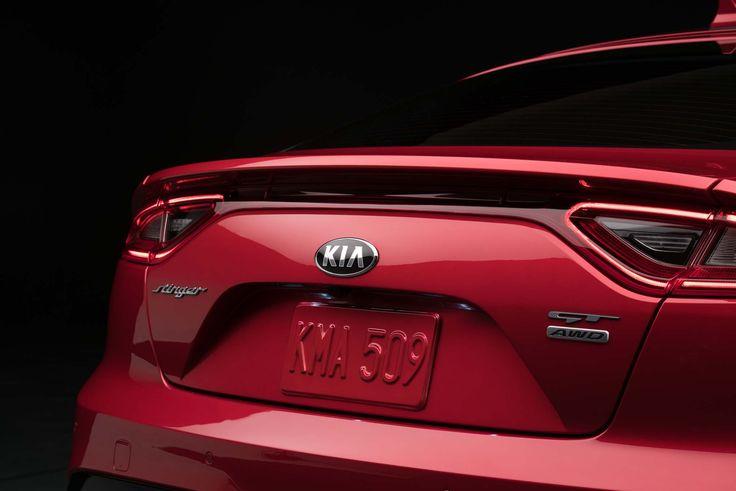2018-Kia-Stinger-GT-rear-badge.jpg (2038×1360)