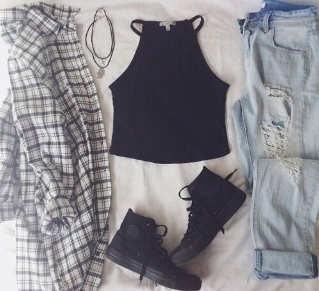 Teen fashion. Fall fashion. Highwaisted jean ripped boyfriend jeans. Cropped tank top. Flannel. Fashion. Cute fall fashion. Layout my outfit